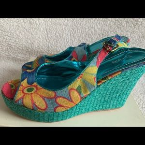 SPRING colorful wedges, size 8.